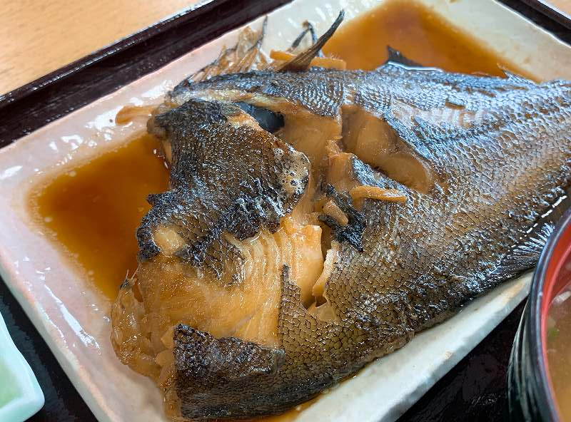 浜の母さん食堂の煮魚