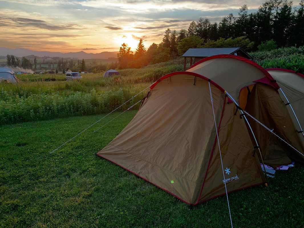 星に手の届く丘キャンプ場からの夕陽