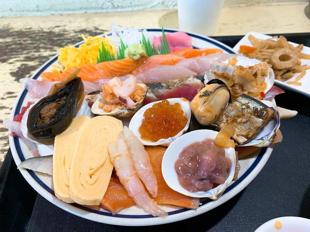 みゆきちゃん定食の海鮮丼