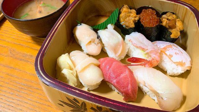 とも恵寿司のとも恵にぎり